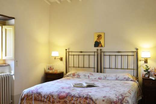Podere Guicciardini - Second air conditioned double bedroom.