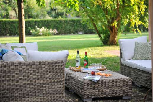 Poggio Alto -Relaxing outdoor seating area by the villa