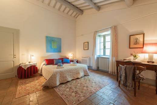 Poggio Alto - Tasteful restoration of the interior has created a country residence with airy, spacious rooms.