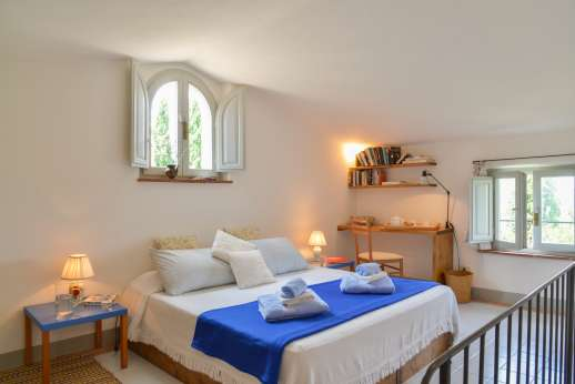 Poggio Alto - Guest house double bedroom.