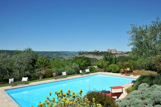 San Gabriele - The private  12x6m/39x19.5 feet swimming pool, set in a stunning position with breathtaking views.