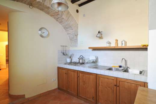 Santi Terzi - Second floor small kitchen