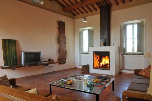 Santi Terzi (x 14 people) with Staff and Cook - Second floor one of two large sitting room with a fireplaces