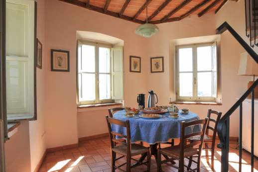 Santi Terzi (x 14 people) with Staff and Cook - Breakfast room