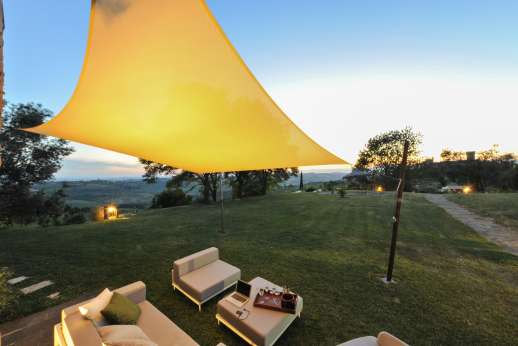 Tenuta Almabrada - Take your evenings outside at Tenuta Almabrada