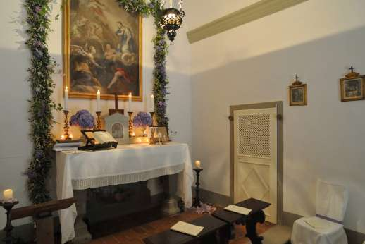 The Estate Of Petroio - The private chapel.