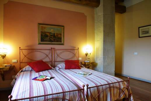 The Estate Of Petroio - La Villa di Petroio twin bedroom in the east wing (convertible to double)