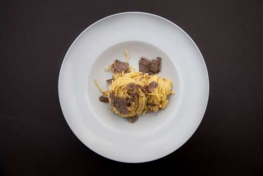 Weddings at The Estate of Petroio - Spaghetti and truffle (photo by Kirsty Young)