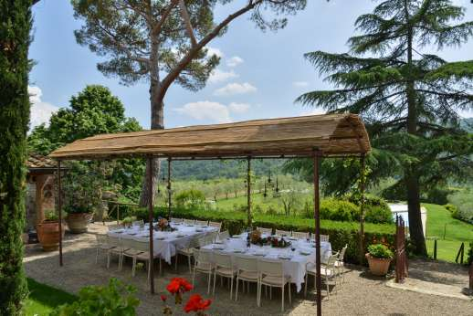 Weddings and The Estate of Petroio - Enjoy your meals outside in the Tuscan hills