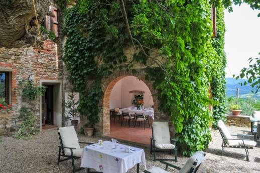 Val di Castello - Shaded area outside the loggia.