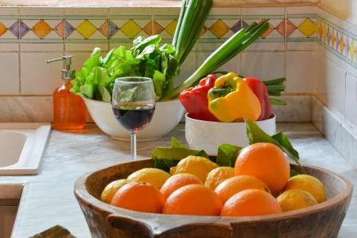 Val di Castello - Fresh food and local wine at the villa