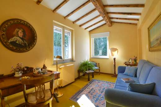 Vecchia Fattoria - The adjoining suite for the air conditioned double bedroom