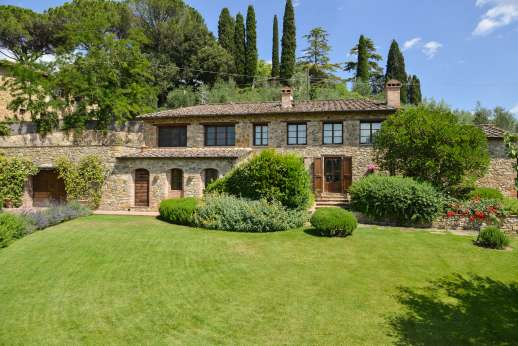 Villa Altea - .A beautifully maintained garden surrounds the house ensuring complete privacy.