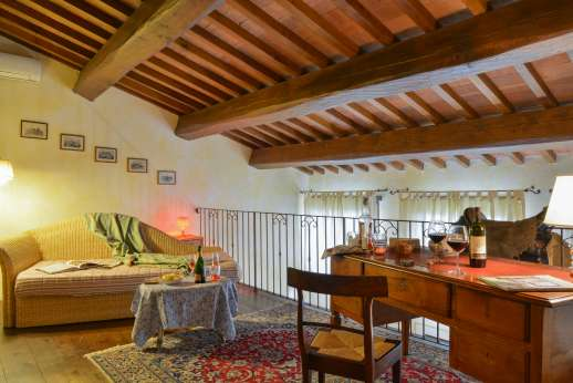 Villa Altea - The large mezzanine with a twin bed.