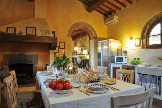 Villa Altea (x 8 people) with Staff and Cook - Dining table in the kitchen