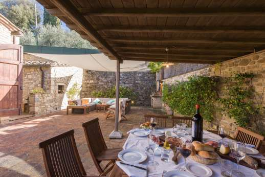 Villa Altea (x 8 people) with Staff and Cook - Outside eating and lounging area on the terrace