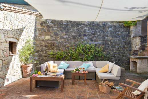 Villa Altea (x 8 people) with Staff and Cook - Shaded seating o the terrace