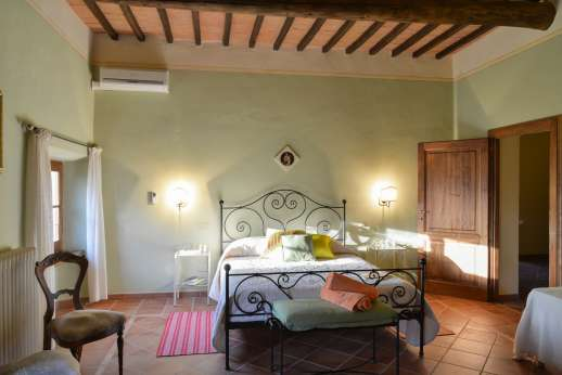 Villa Astori - A double bedroom, all bedrooms are air conditioned and with en suite bathrooms.