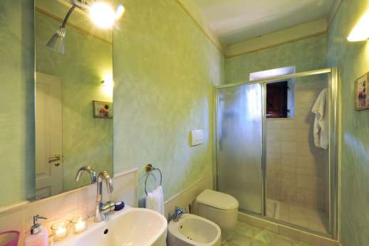 Villa Atena - A bathroom with shower.