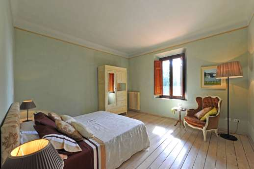 Weddings at Villa Atena - Guest house double bedroom.