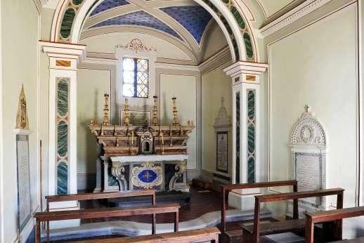 Villa Caprolo - The interior of the chapel at Villa Caprolo.