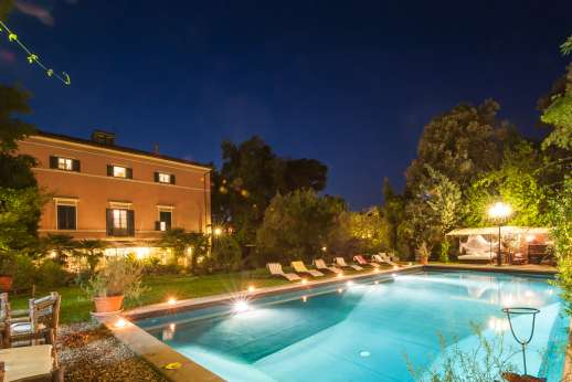 Villa De Lanfranchi (x 14 people) with Staff and Cook - Villa De Lanfranchi, close to Lucca and Pisa. Tuscany.