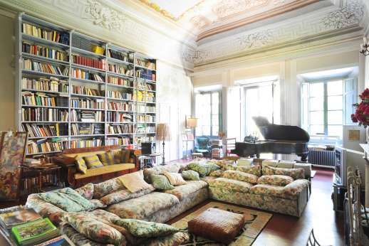 Villa De Lanfranchi (x 14 people) with Staff and Cook - The living room with a great library.