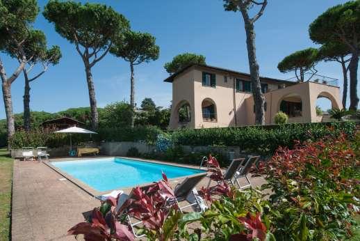 Villa delle Lance - Villa delle Lance, Castelli Romani. Roman Lakes and Hills. Lazio.