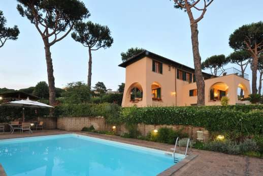 Villa delle Lance - Enjoy a refreshing swim in the evening