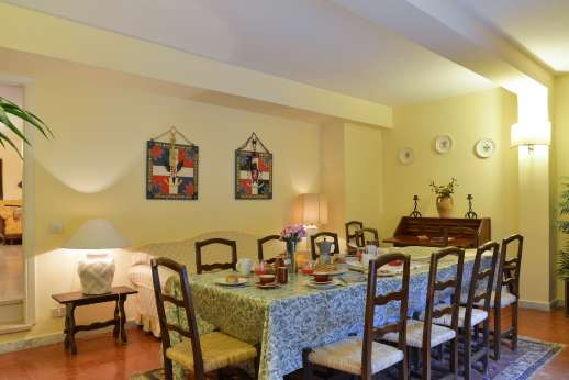 Villa delle Lance - another view of the dining room