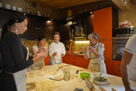 Villa Denise - Pasta making an enjoyable experience for the family