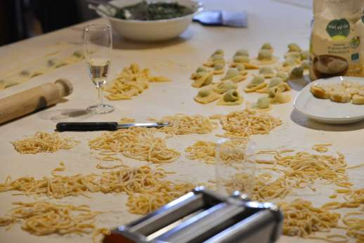 Villa Denise - Nothing more rewarding than making our own fresh pasta!