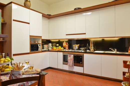 Villa di Bagnolo - Well-equipped kitchen.