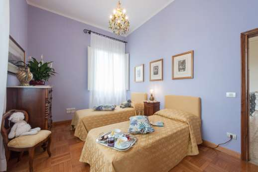 Villa di Bagnolo - Another of the twin bedrooms.