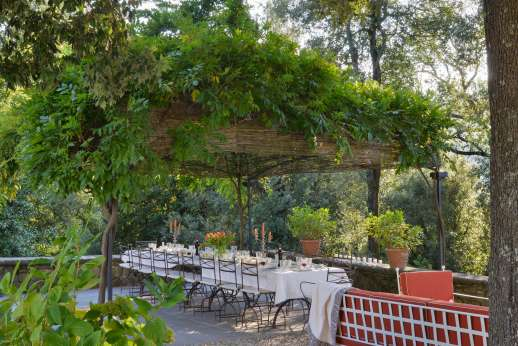 Villa Di Masseto - Outdoor dining and seating area