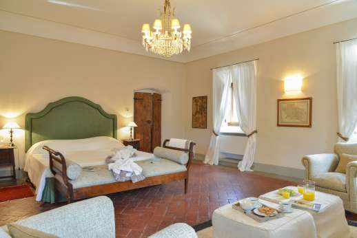 Villa Di Masseto - Another view of the double bedroom
