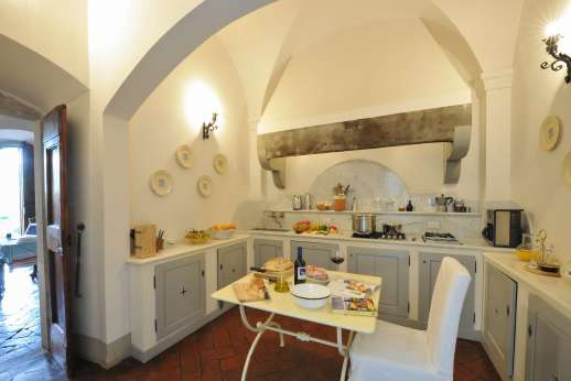 Weddings at Villa Di Masseto - Kitchen