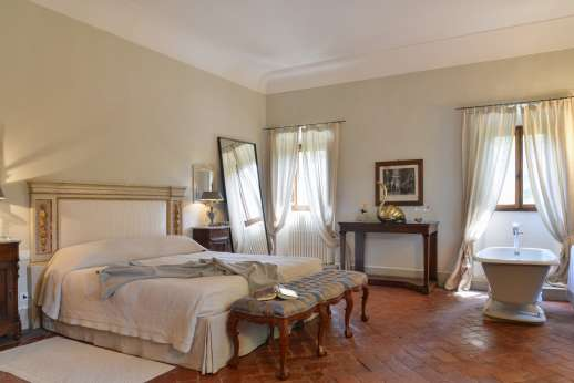 Weddings at Villa Di Masseto - The largest double bedroom of the villa, called La Stanza del Marchese.