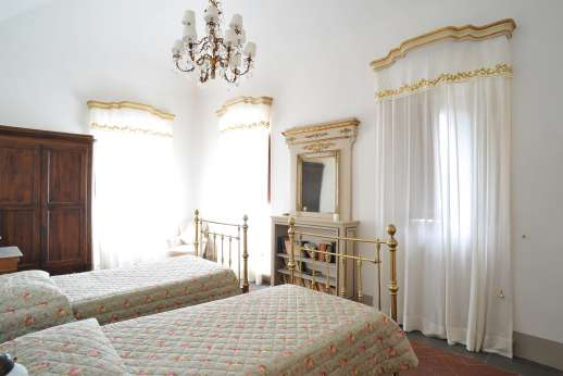 Weddings at Villa Di Masseto - One of the twin bedrooms on the first floor.