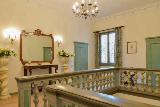 Villa di Pile - The stunning first floor landing.