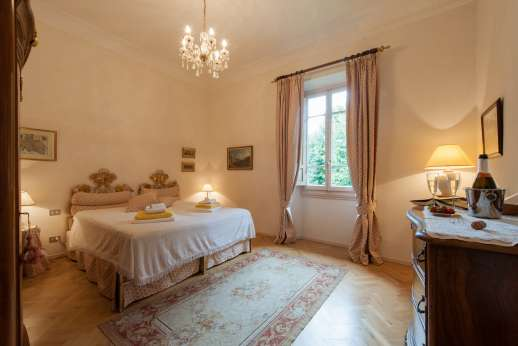 Villa di Pile - Another view of the room