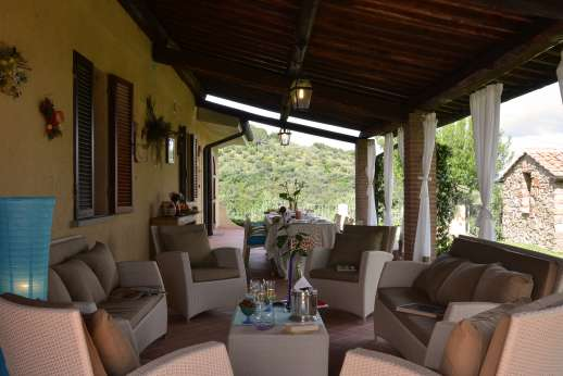 Villa Doveri - The loggia, perfect for lounging and dining.