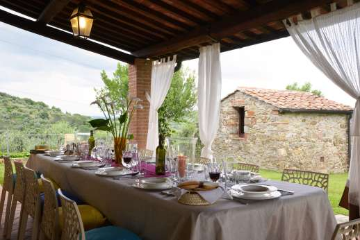 Villa Doveri - Enjoy a meal beneath the loggia whilst taking in the wonderful views.