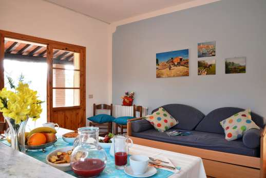 Villa Doveri - The kitchenette and sitting area of the guest house.