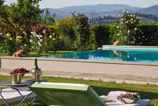 Villa Giotto - The private swimming pool, 7 x 16m/23 x 52 feet, which is open all year round.
