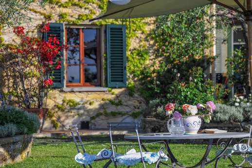 Villa Giotto - Luxuriously appointed villa in a country setting 20 minutes South of Florence.