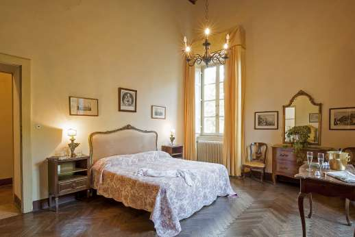 Villa Lungomonte - Grand double bedroom, wonderful old world interiors throughout the villa.