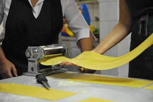 Weddings at Villa Lungomonte - Learn the art of making fresh pasta.