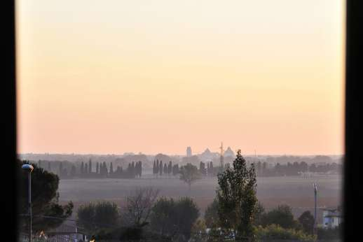 Weddings at Villa Lungomonte - A perfect back drop, sunsets over Pisa.