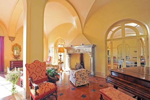 Weddings at Villa Lungomonte - Wonderful old world interiors throughout the villa.